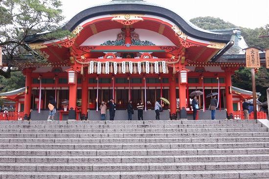 京都伏見稲荷大社に商売繁盛の祈願に行ってきました